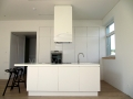 Balta moderni virtuve 1