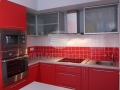Raudona virtuve 3