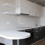 pilka virtuvė 3