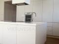 Balta moderni virtuve 2