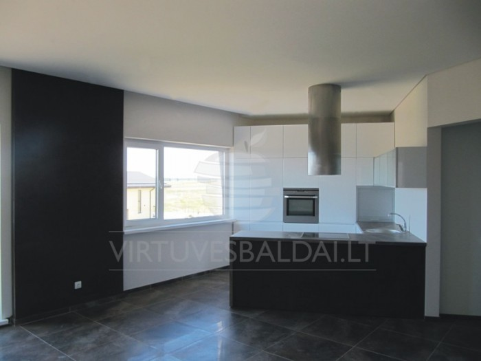 Balta moderni virtuvė